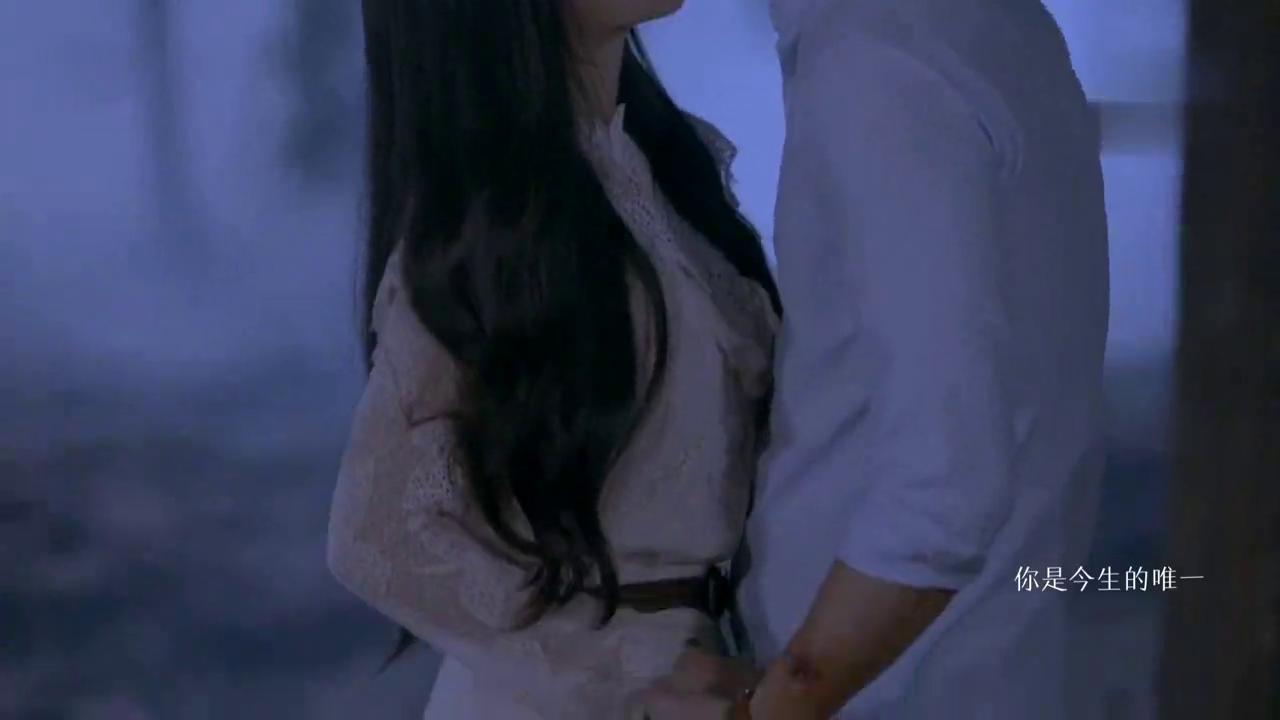 """""""宁采臣""""深情告白""""聂小倩"""",不等她拒绝,热吻在一起"""