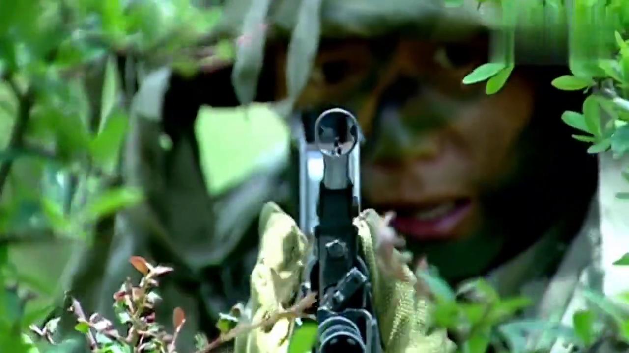 士兵突击:部队演习眼看输,不料许三多生擒袁朗,高连长都看呆了