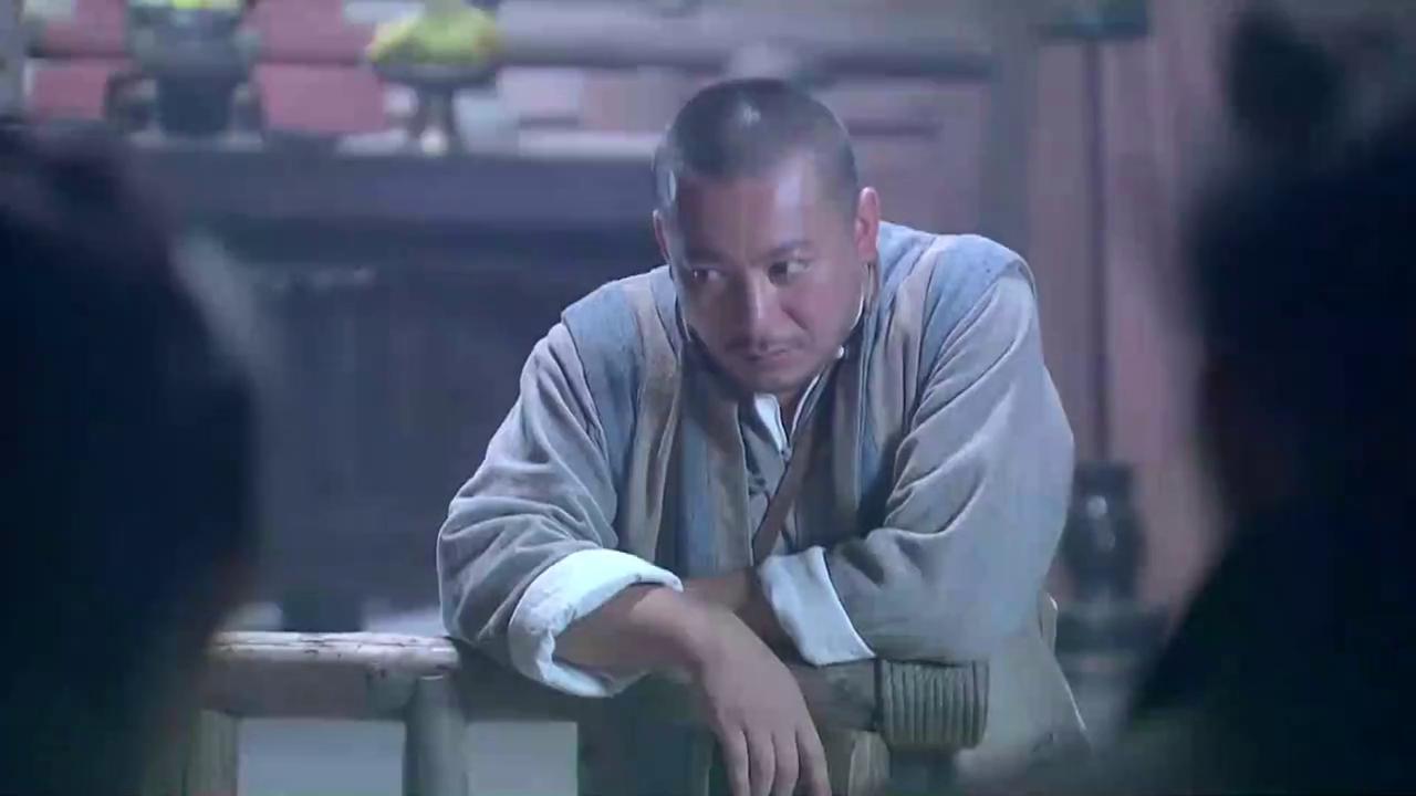 狐影:鬼子突然袭击赵连达营寨,乔曼带人撤离不料被鬼子一枪击中