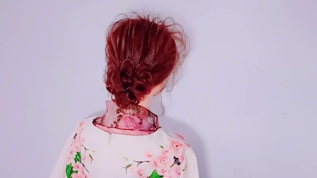 这一款唯美有气质的新娘发型,比扎任何发型都好看