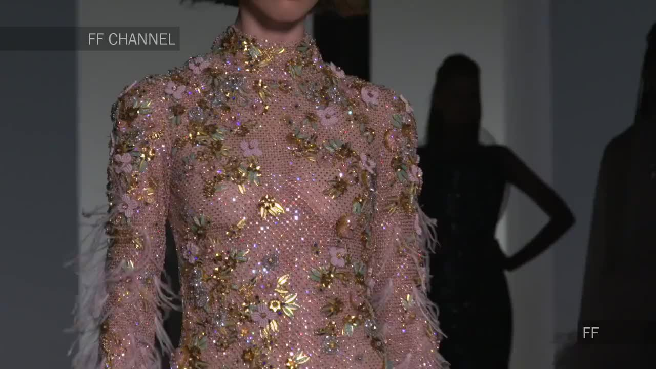 2020欧美大牌最新时装秀模特性感时尚迷人长裙优雅22