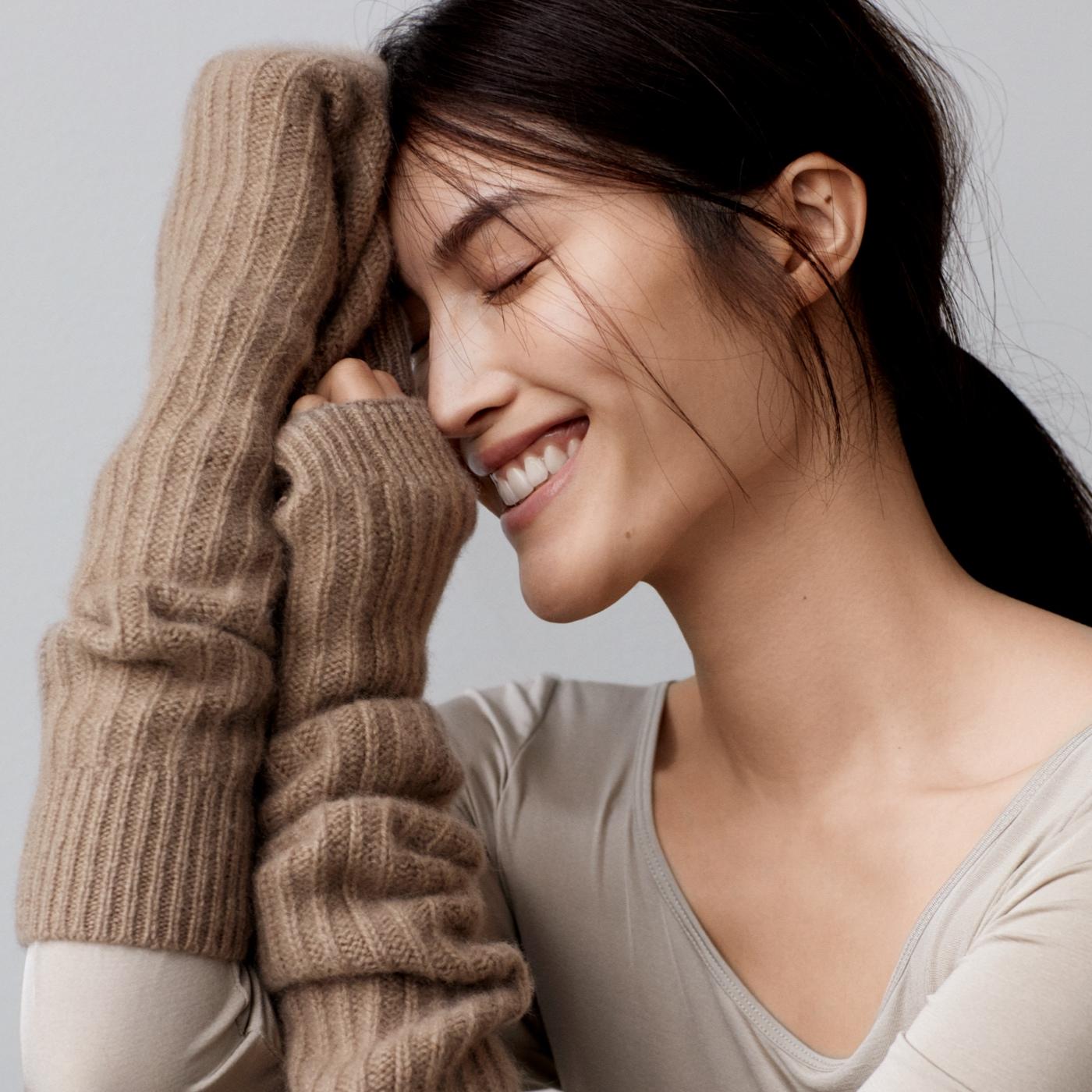 何穗演绎秋冬广告大片 展现温柔质感
