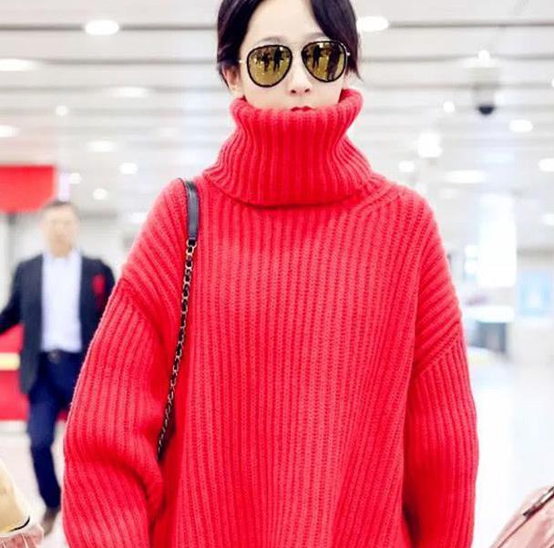 杨紫穿oversize毛衣现身,却意外暴露身材缺陷