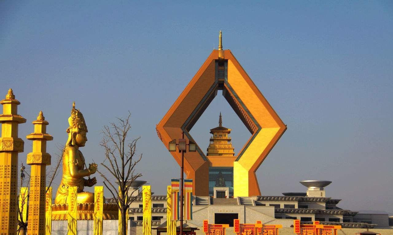 华辉美食人:中国香火最鼎盛的著名寺庙,少林寺、灵隐寺在列