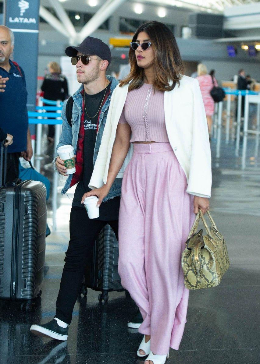 印度女星朴雅卡·乔普拉现身纽约,网友:穿着得体堪比时尚大片!