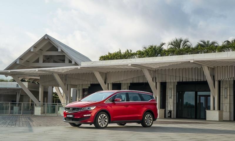 吉利汽车上半年净利润同比大降4成销量下滑15%