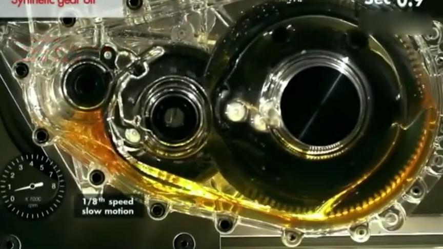 润滑油工作演示,透密变速器直观感受润滑油的魅力