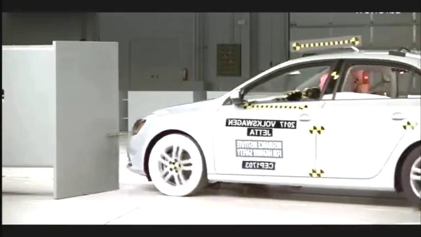 视频:看完碰撞测试后,大众速腾和马自达阿特兹你决定买那个呢