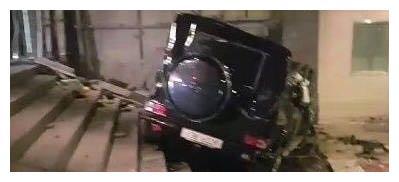 《请回答1988》中年阿泽饰演者金柱赫去世,车祸现场照公开