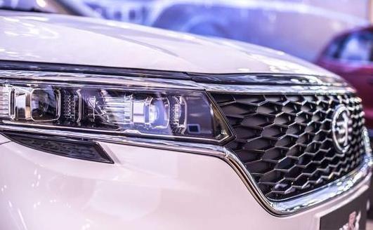 森雅R8正式发布,外观内饰做了重新设计,整体升级明显
