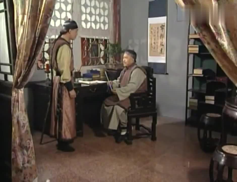 刘墉抓到捕蛇者,这才发现是表弟用毒蛇毒死表哥!