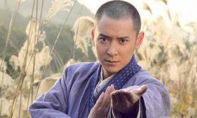 天龙最强组合:虚竹联手段誉乔峰,能不能打败扫地僧?