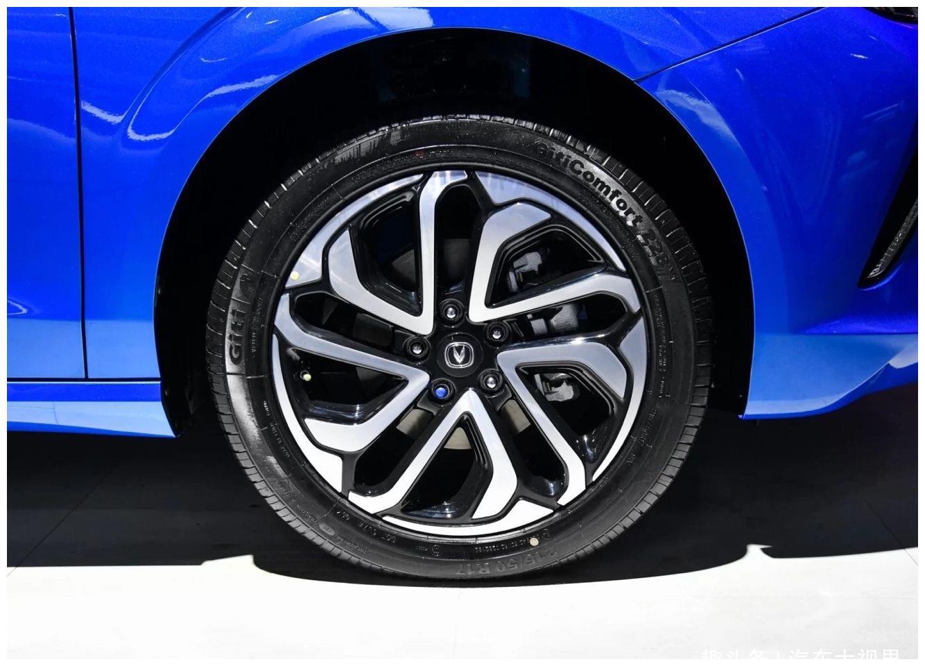 2019年5月中旬上市,长安汽车纯电动版—逸动ET期待与您见面