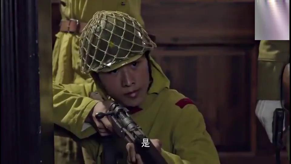 鬼子找了个翻译,向狙击手喊话,结果被一枪击毙
