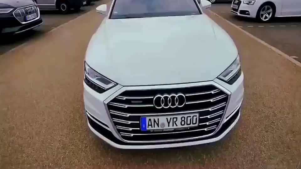 视频:奥迪A8这清新亮丽的颜值真好看难怪能卖上百万