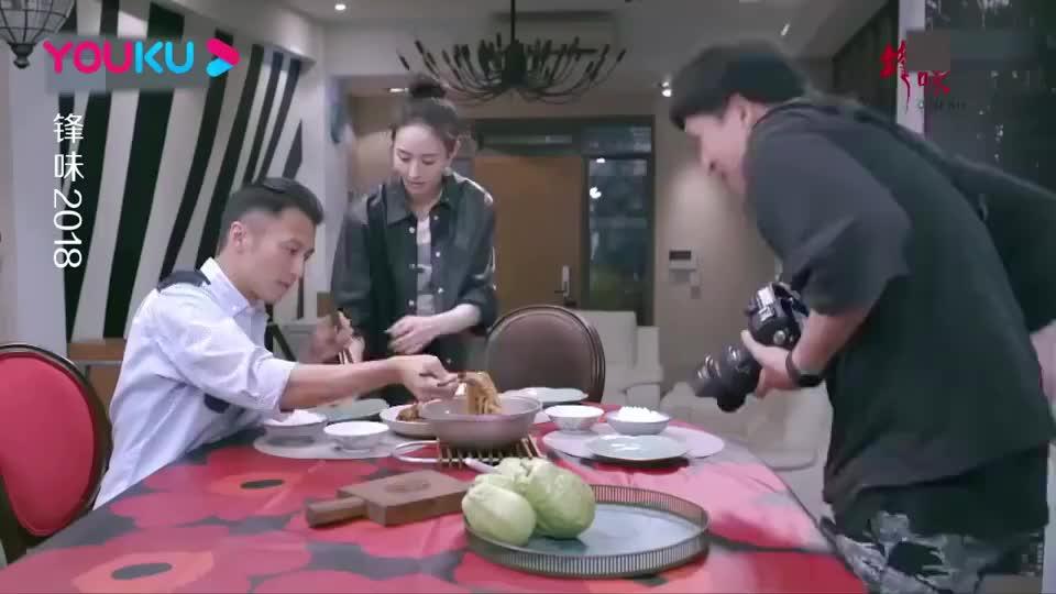 锋味摄影师拿出家传菜是一份便当榨菜肉丝看起来超好吃啊