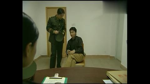 插翅难逃:张世豪同伙被抓,警官这话别有深意,张世豪沉默了!