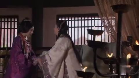 神话:图安王后来找玉漱,让她在秦皇面前参赵高一本