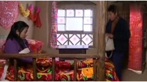 阿霞:被拐媳妇一直闷闷不乐,当她看到吃到这个的时候,居然笑了