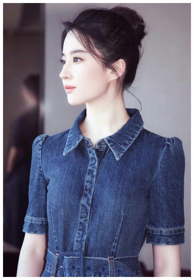 她是娱乐圈最美的女神,杨幂陈妍希在她面前也只能化身邻家少女