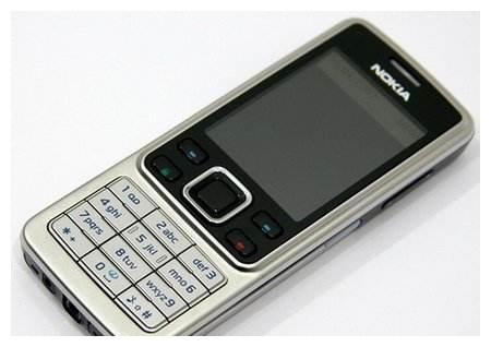 经典怀旧之诺基亚6300:风靡全球的金属超薄手机