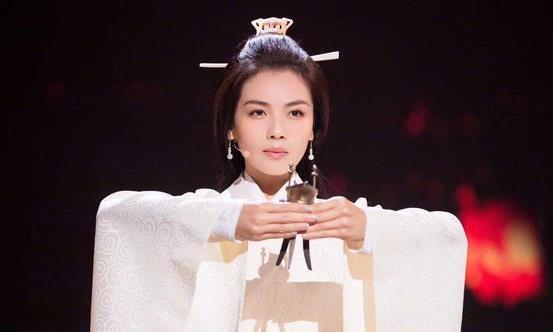 中国第一美女将军,墓中却发现活人陪葬品,让人难以接受