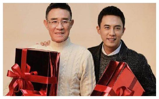 杜淳和爸爸,张若昀和爸爸,杨玏和爸爸,霍尊和爸爸,哪一对最像