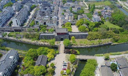 浙江最低调的古城,拥有一座1400多年历史,金庸徐志摩都出生这里