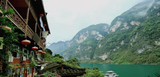 """重庆第4个5A景区,距离主城360公里,硬是把""""火炉""""逼成""""凉都"""