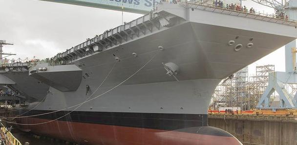 肯尼迪号航母刚下水,美海军就面临四大威胁,其一能瘫痪整个舰队