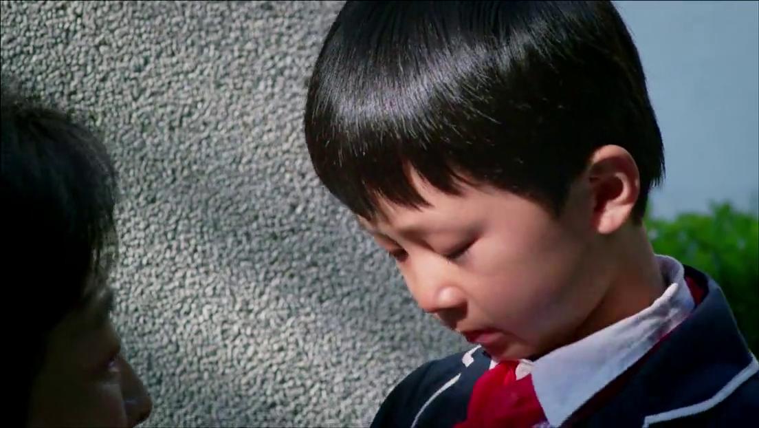 无贼:小孩回爷爷奶奶家,哭着求爷爷不要送他回去