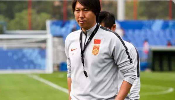 国足东亚杯名单爆冷,足协杯冠亚军2队国脚之和比卓尔少1人