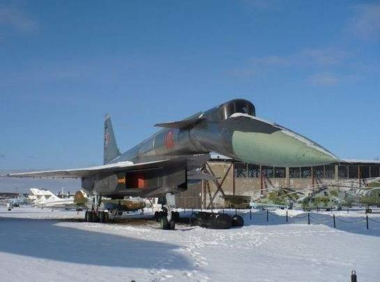 北方曾经的传奇——苏霍伊T4超音速战略轰炸机