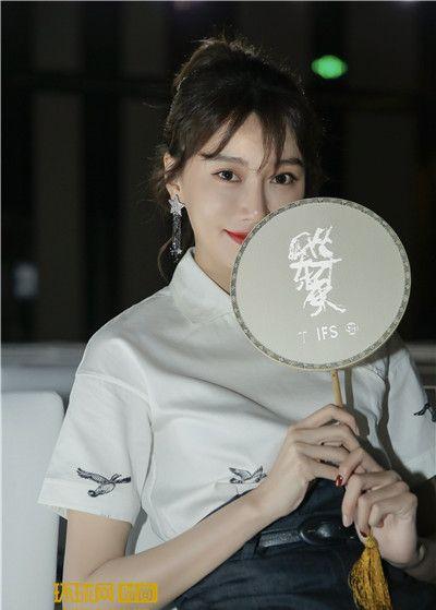 李斯羽时尚中国风 演绎东方之美