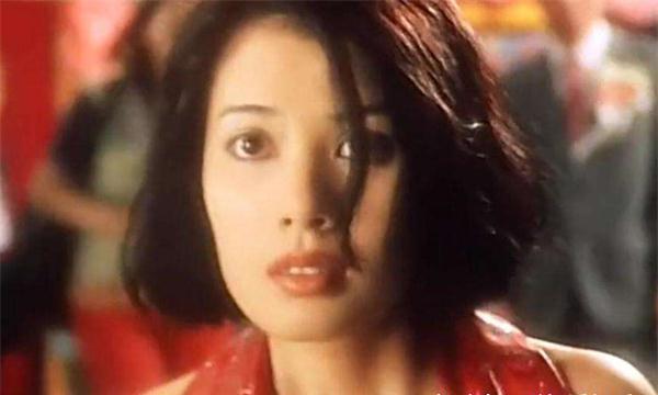 曾被家暴的5位女星,贾静雯翁虹上榜