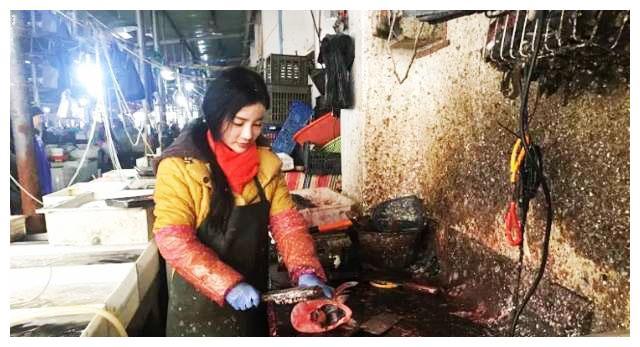 卖鱼女神走红江苏!吃货称比刘亦菲有气质!