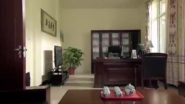 乡村爱情:得罪了刘大脑袋,现在还得给人打扫办公室