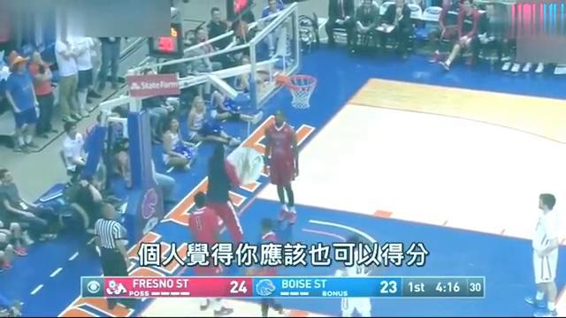 看小男孩怎么拯救了一场篮球赛全场高呼MVP!