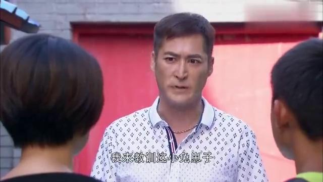 夜市人生:李庆祥突然出现,想要教训浩华,被魏红一句话怼回去