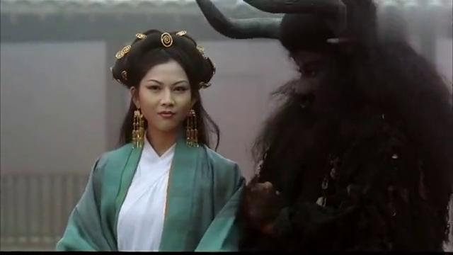 至尊宝帮牛魔王背锅,谎称紫霞是他发妻,不料铁扇公主语出惊人!