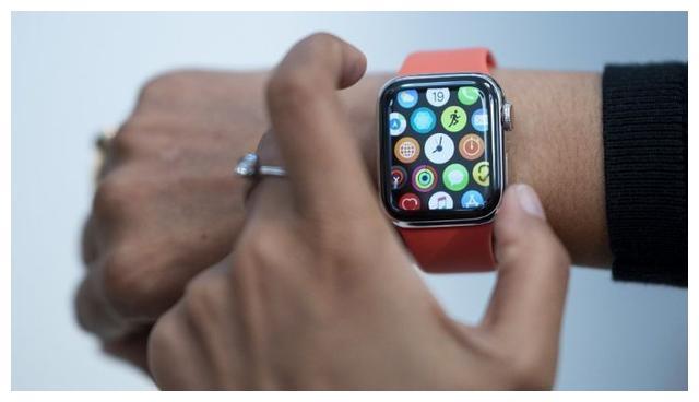 「苹果新专利」Apple Watch暗藏玄机