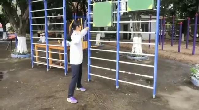 铅球的技术动作训练汇集