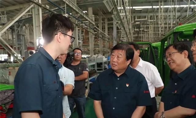 谭旭光:中国重汽济宁商用车公司要为济宁市人民作出更大贡献
