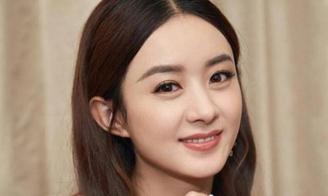 32岁的赵丽颖产后依然颜值身材在线,生孩子才是婚姻的照妖镜