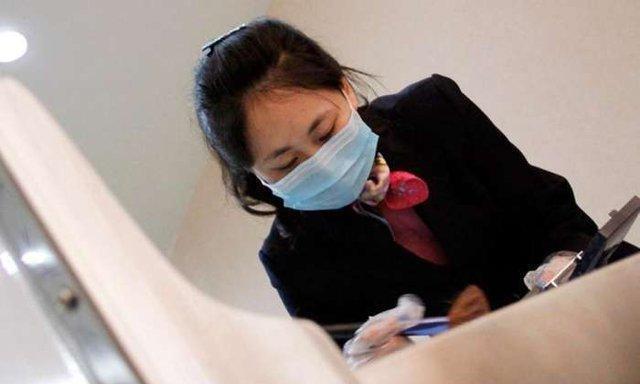 女大学生去殡仪馆当化妆师,被男友提分手,4月工资还以为看错了