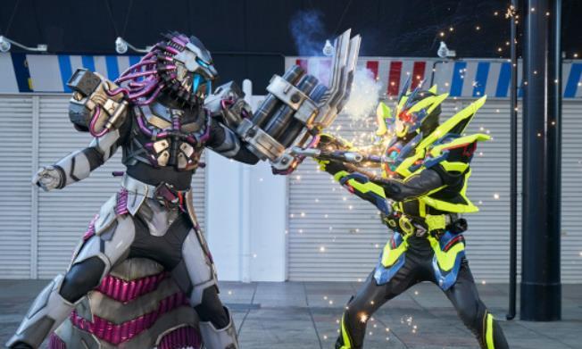 假面骑士零一:金属簇形态能力和武器曝光!无视千骑,逆天霸气!