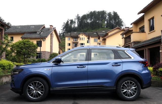 最低调的SUV,比博越气派,采用顶级三大件,噪音几乎为零