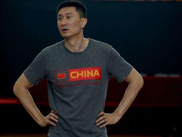 男篮新任主教练候选名单出炉,李楠可能下课,此人或成最大赢家