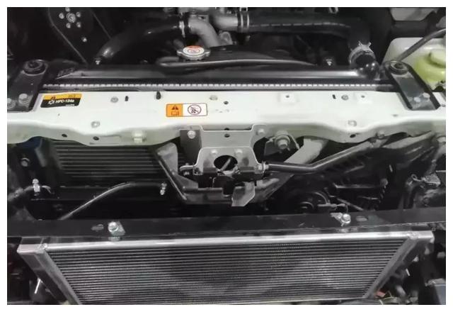 地表最强山猫帕杰罗V93王者再度进化HKS机械增压附体