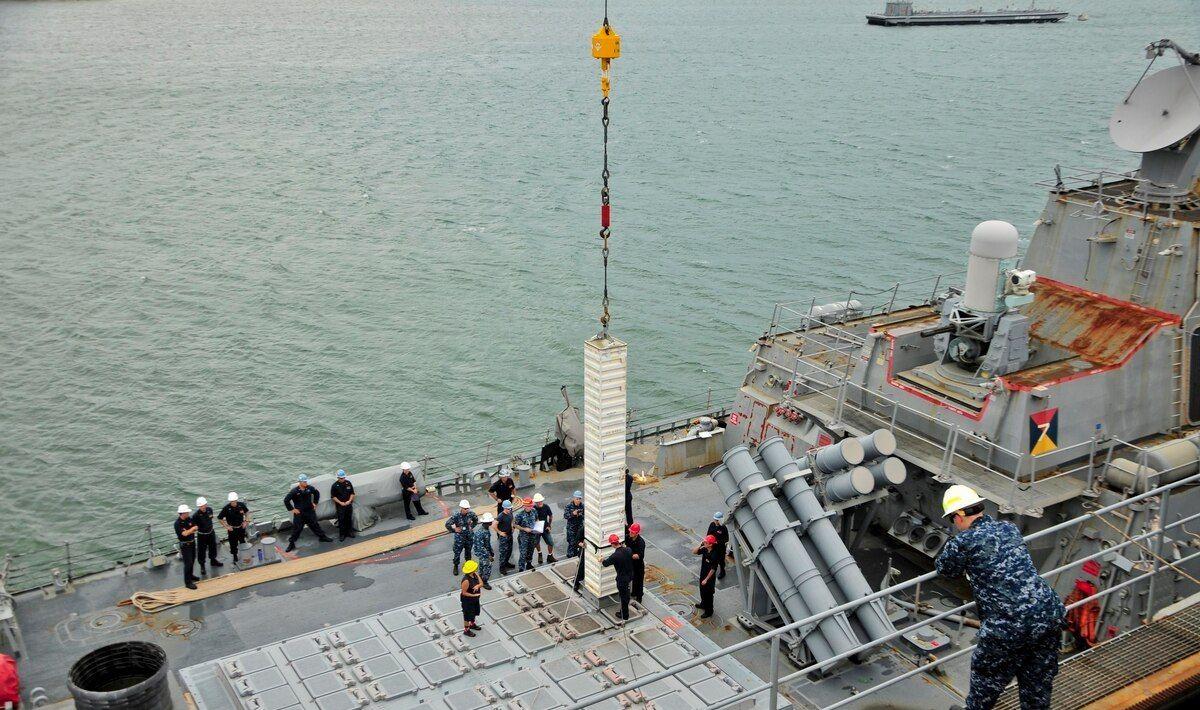 高超音速导弹威胁让美军担忧 搞更大战舰配更大导弹应对同级对手